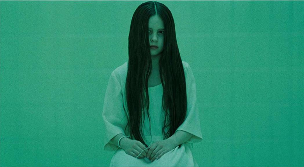 黛薇查斯小時候因「七夜怪談西洋篇」崛起。圖/摘自imdb