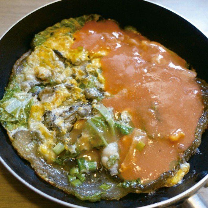 做蚵仔煎也不難,淋上海山醬吃十分美味。圖/太陽臉
