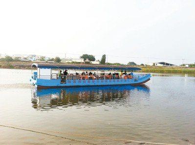 二仁溪白砂崙濕地遊船。