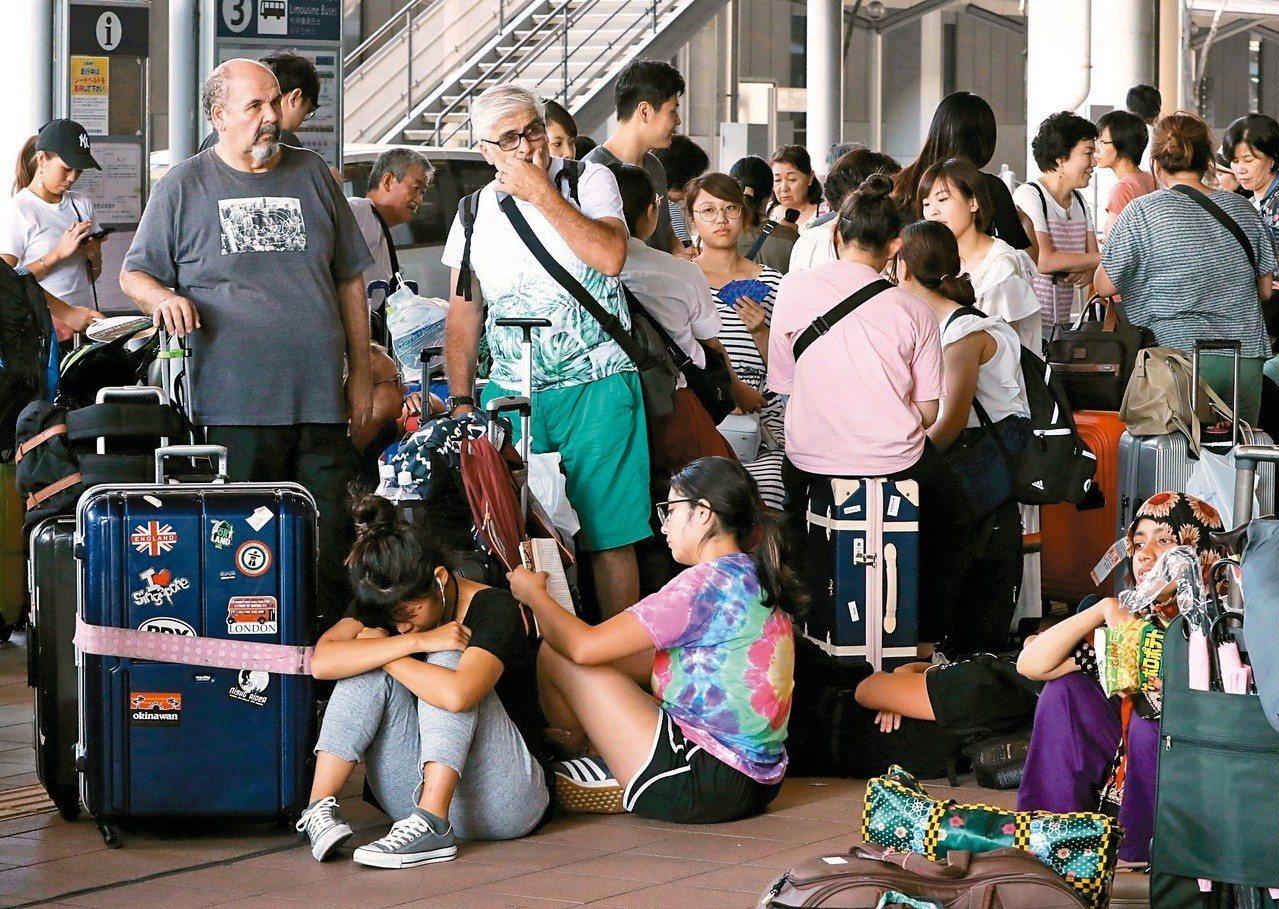 燕子重傷西日本經濟。東京記者蔡佩芳/攝影