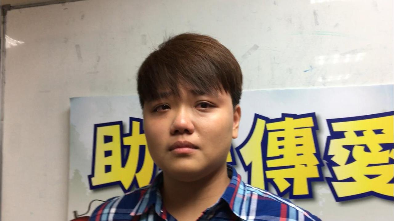24歲的黃容瑄在台灣世界展望會資助下,完成大學學業,並順利就業,她回憶起當時生活...