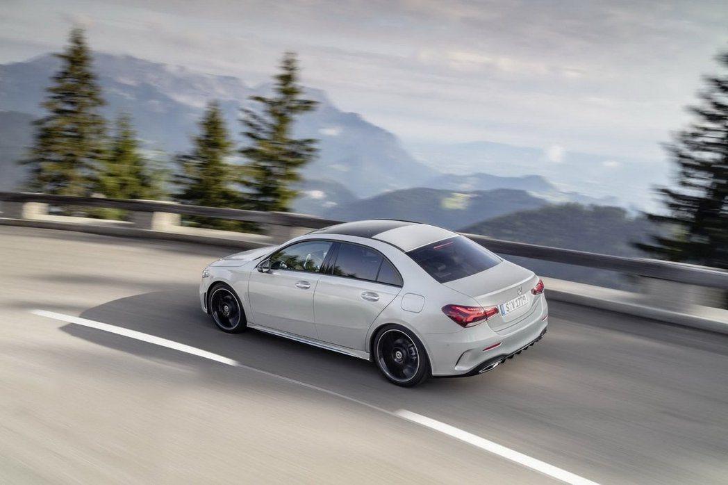 全新Mercedes-Benz A-Class Sedan在歐洲有Style、P...