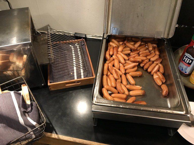 腸衣脆彈的德國香腸,也是來歐洲絕不能錯過的食物 圖文來自於:TripPlus