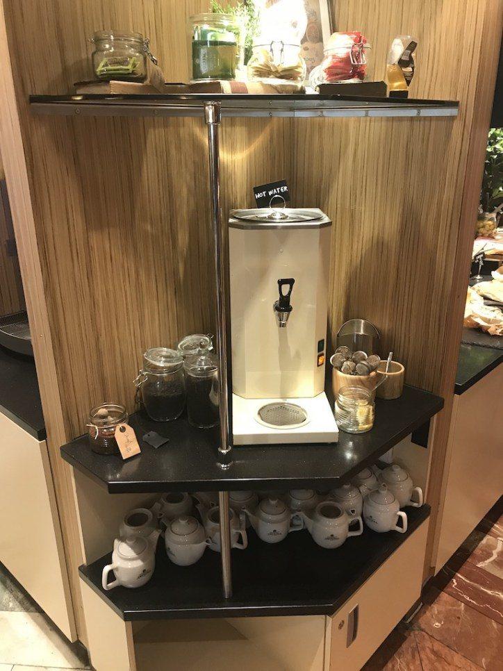 想要悠閒喝杯茶,那直接泡壺茶吧!至於咖啡機…恩,咖啡真的不是北歐強項 圖文來自於...