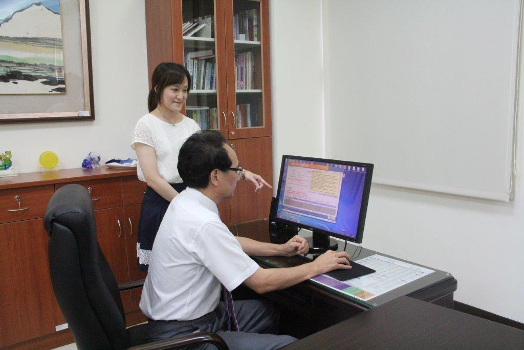 廉政署長朱家崎辦理財產申報授權。圖/廉政署提供