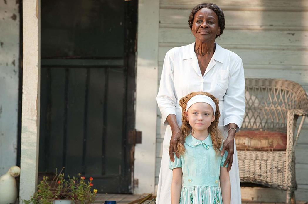 即將獲頒奧斯卡榮譽獎小金人的西西莉泰森(後),年過80仍然在「姊妹」軋上一角。圖...