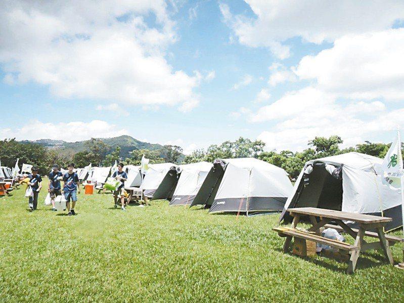 新店屈尺地區、在新烏路旁的文山農場,適合露營避暑,還可享受野炊樂趣。 記者陳珮琦/攝影
