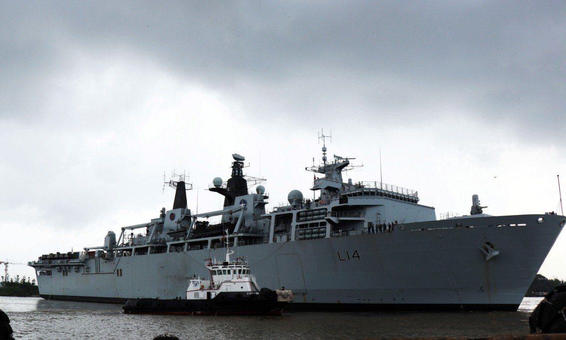 英國皇家海軍兩棲運輸碼頭HMS Albion3日(2018年9月6日發布)停靠在...