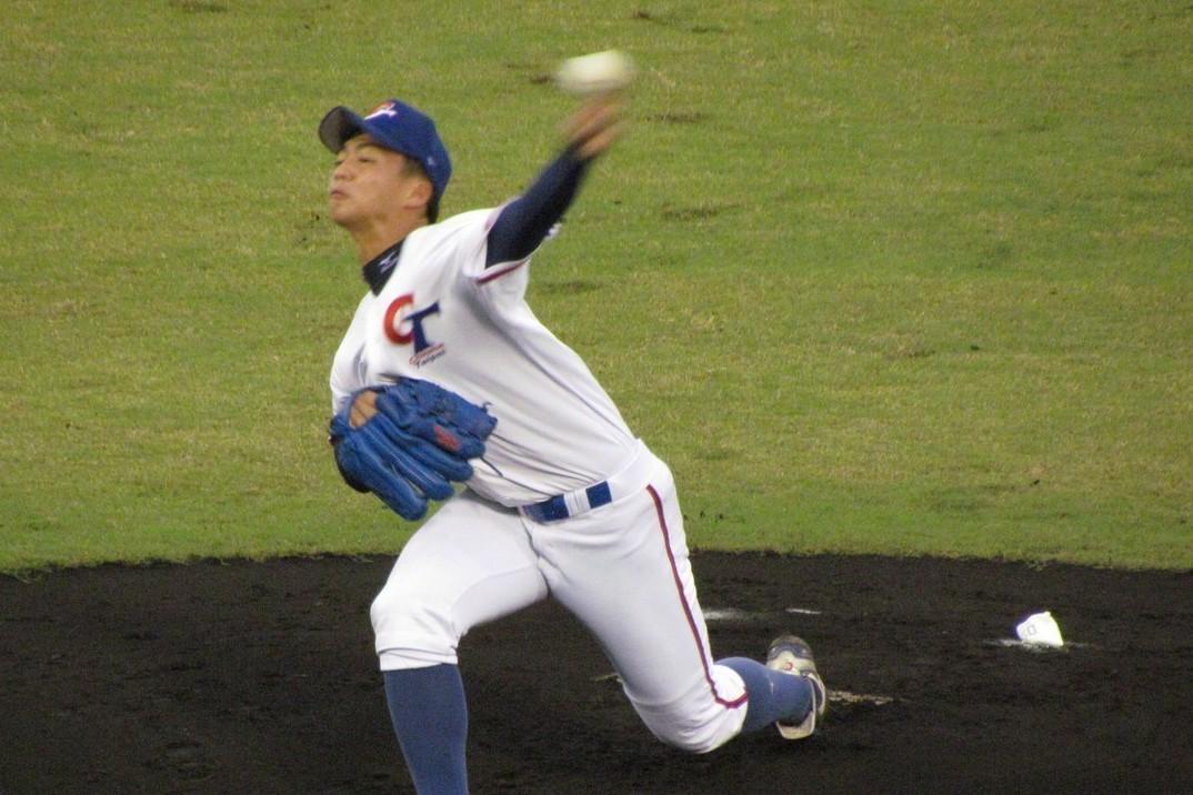 亞青棒球賽4強複賽,中華隊對日本隊先發投手王彥程。 記者婁靖平/攝影
