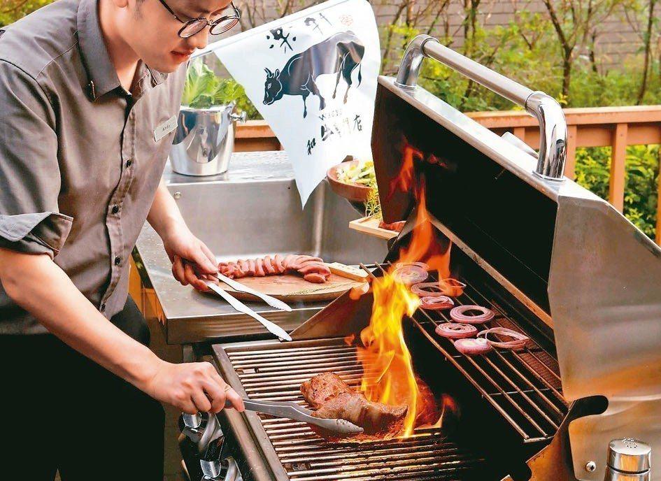 燒肉管家專心料理,讓消費者盡情享受頂級食材與專業服務。圖/各業者提供