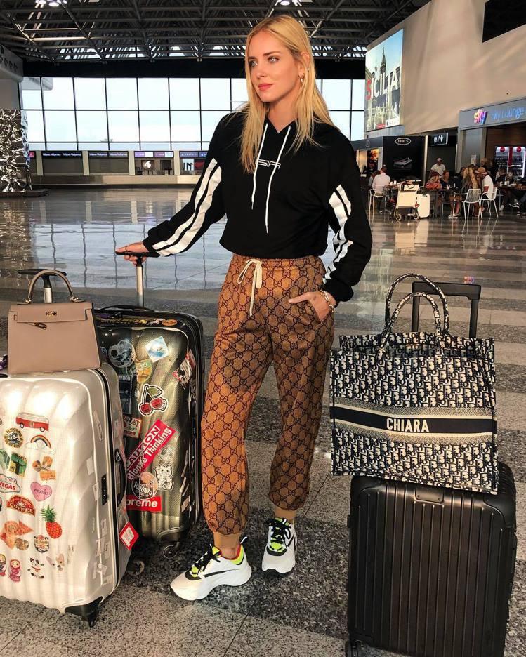 Chiara Ferragni才剛完婚就立刻打包飛紐約,展開時裝周行程。圖/擷自...
