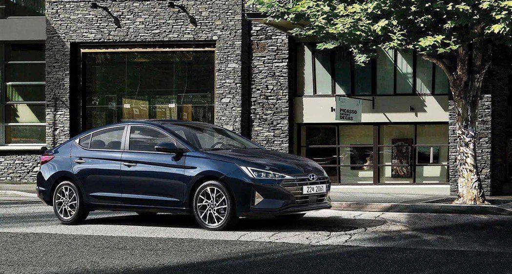 小改款Hyundai Elantra在韓國售價為1,404萬韓元至2,454萬韓...