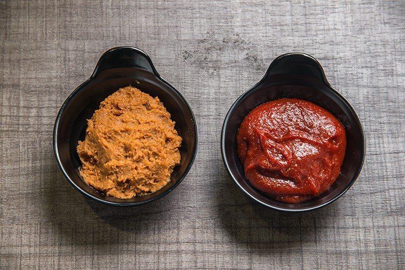 韓國美食的精髓就是醬料,店內醬料及調味料都是韓國進口,再根據老闆獨家比例製成。 ...