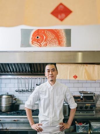 音楽好きの小野さんはアートスペースでDJを務めることも。台湾で好きな食べ物は酸菜...