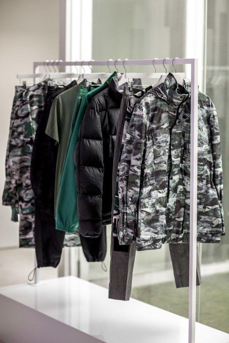 以天文館為主題的男裝系列包括真絲襯衫、輕質針織衫,印花來自空拍星球地貌的靈感。圖...