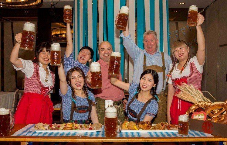 2018德國啤酒節在台灣,更具有在地風味。圖/美僑協會提供※ 提醒您:禁止酒駕 ...
