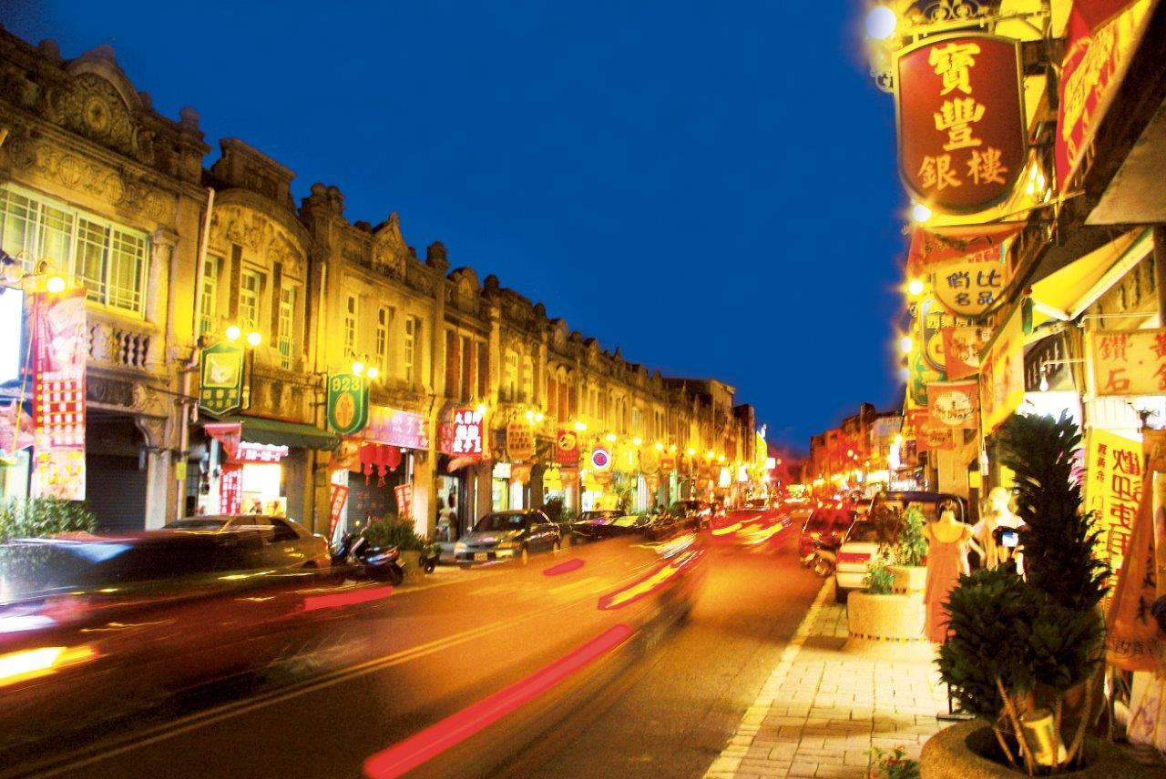 新化老街夜色。圖/西拉雅國家風景區管理處提供