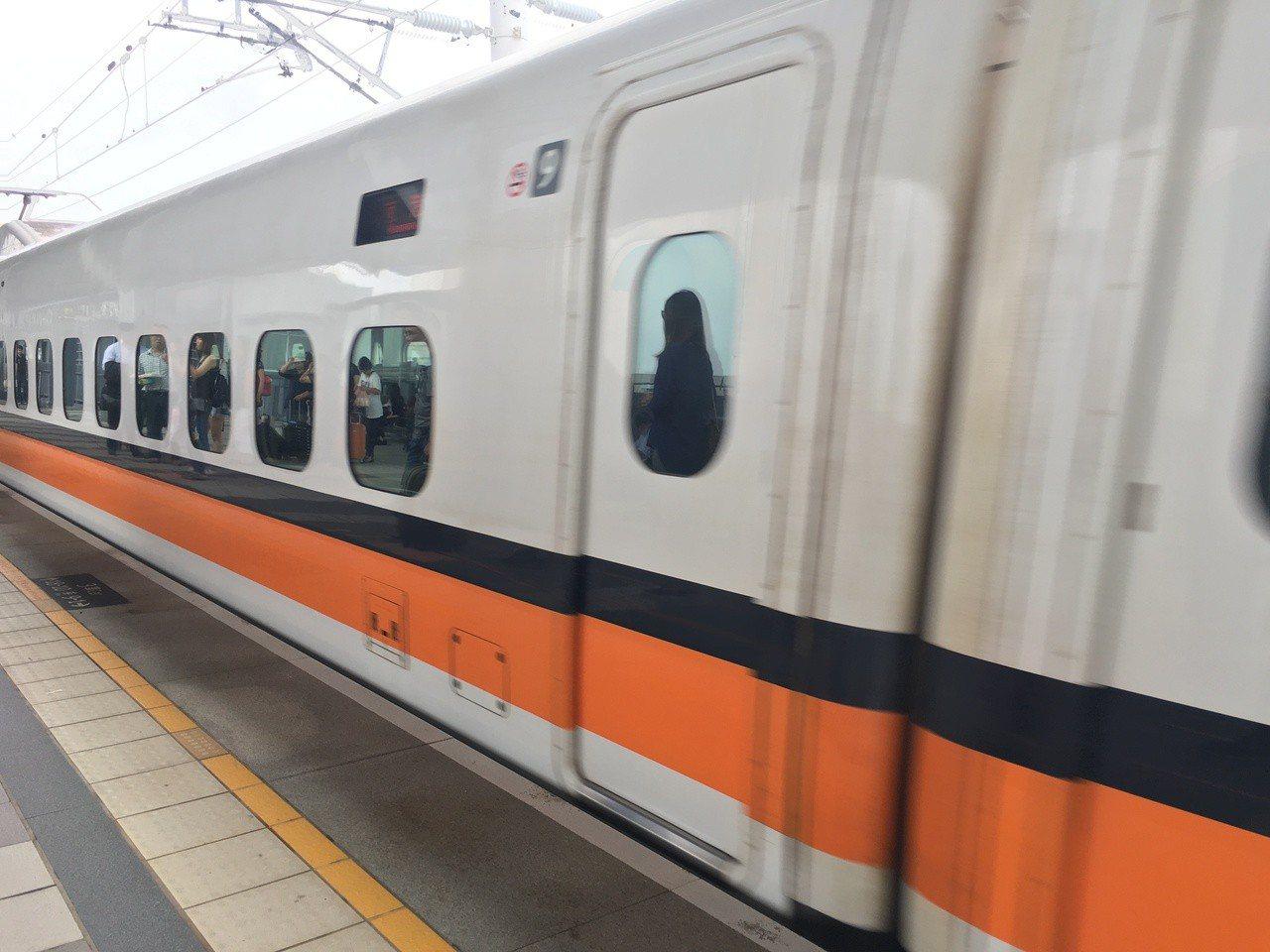 高鐵10月起增開8班次直達車。記者吳淑玲/攝影