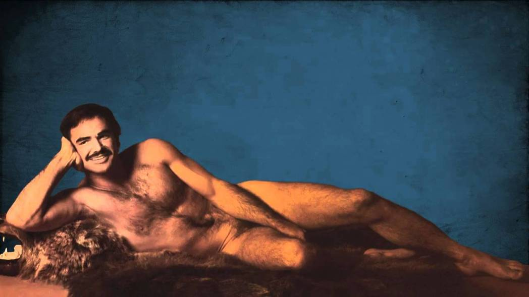 畢雷諾斯為雜誌拍的裸照,已成為流行文化史上殿堂級的經典。圖/翻攝自YouTube