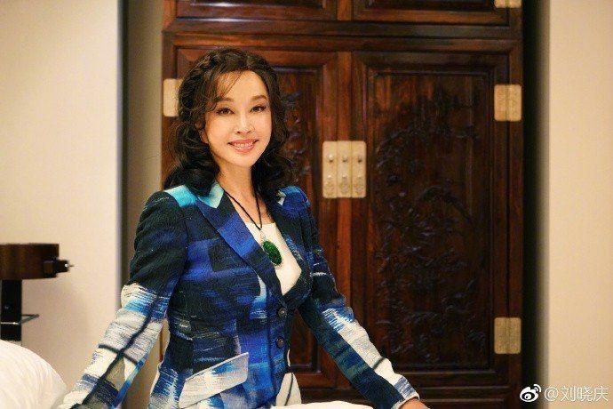 劉曉慶曾因為逃稅入獄422天。圖/摘自微博
