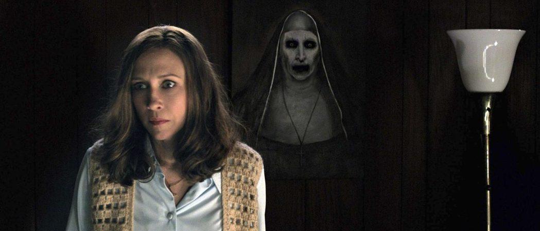 「鬼修女」曾在「厲陰宅2」客串出現過。圖/華納兄弟提供