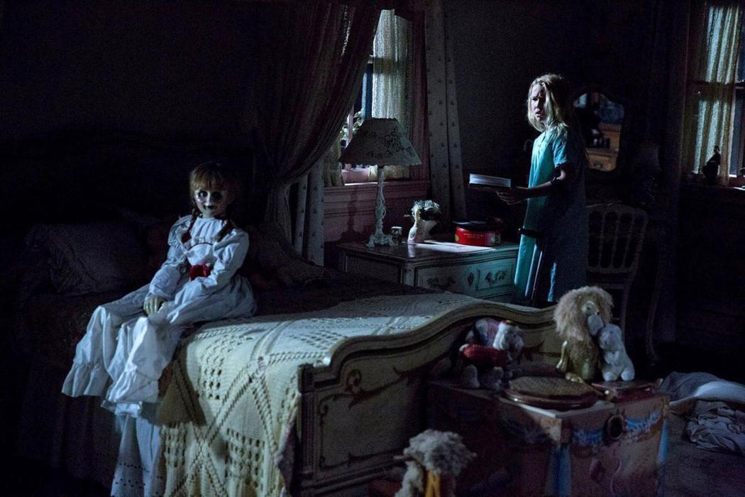 安娜貝爾在「厲陰宅」系列爆紅,隨後也獨立出了「安娜貝爾」系列電影。圖/華納兄弟提...