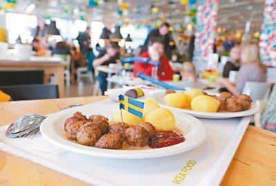 在全球約50國經營逾400家門市的瑞典家具品牌宜家家居(IKEA),讓人一眼就認...