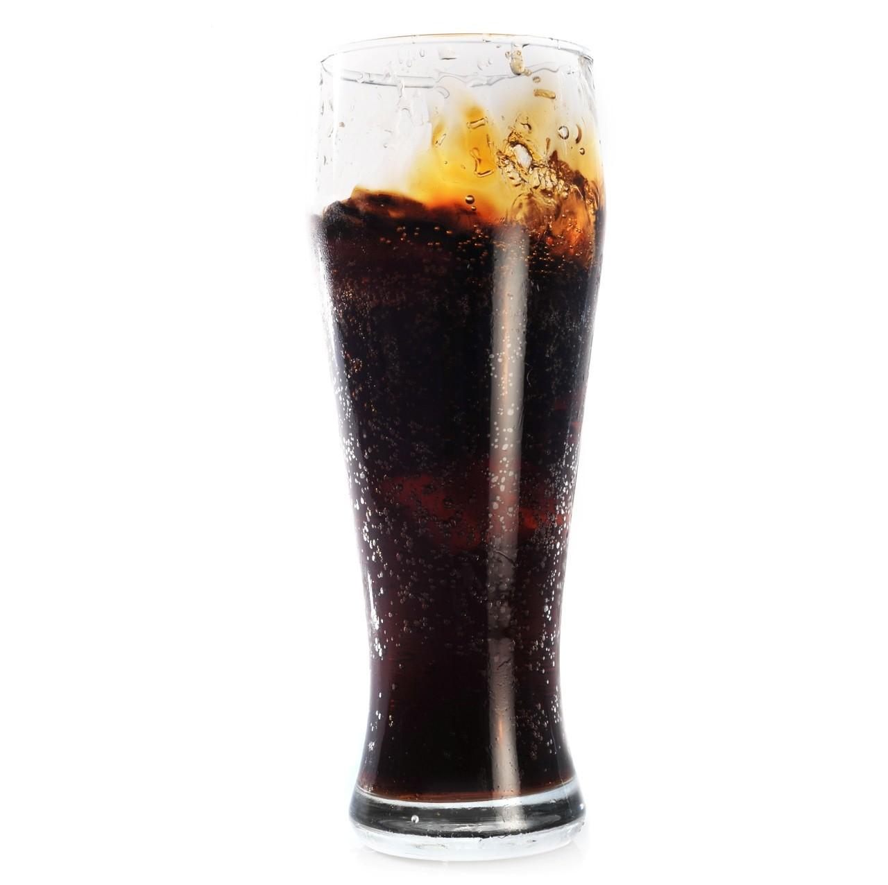 根據世界衛生組織調查,一瓶汽水約有8.5茶匙糖、能量飲料甚至高達10茶匙,民眾過...