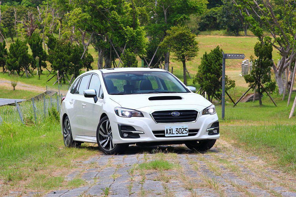 Subaru Levorg 1.6L及2.0L在配備方面僅有微小差異,主要還是引擎排氣量與動力輸出的不同。 記者張振群/攝影