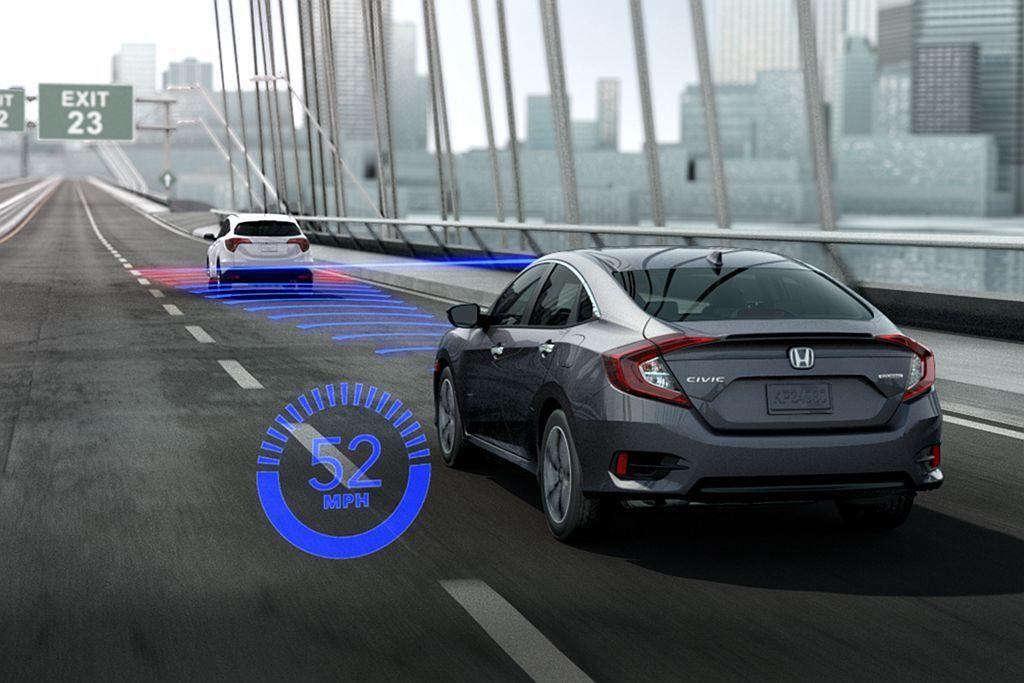 定速或ACC主動式車距調節巡航系統不只便利,同時也能增加車輛中高速行駛時的省油效...