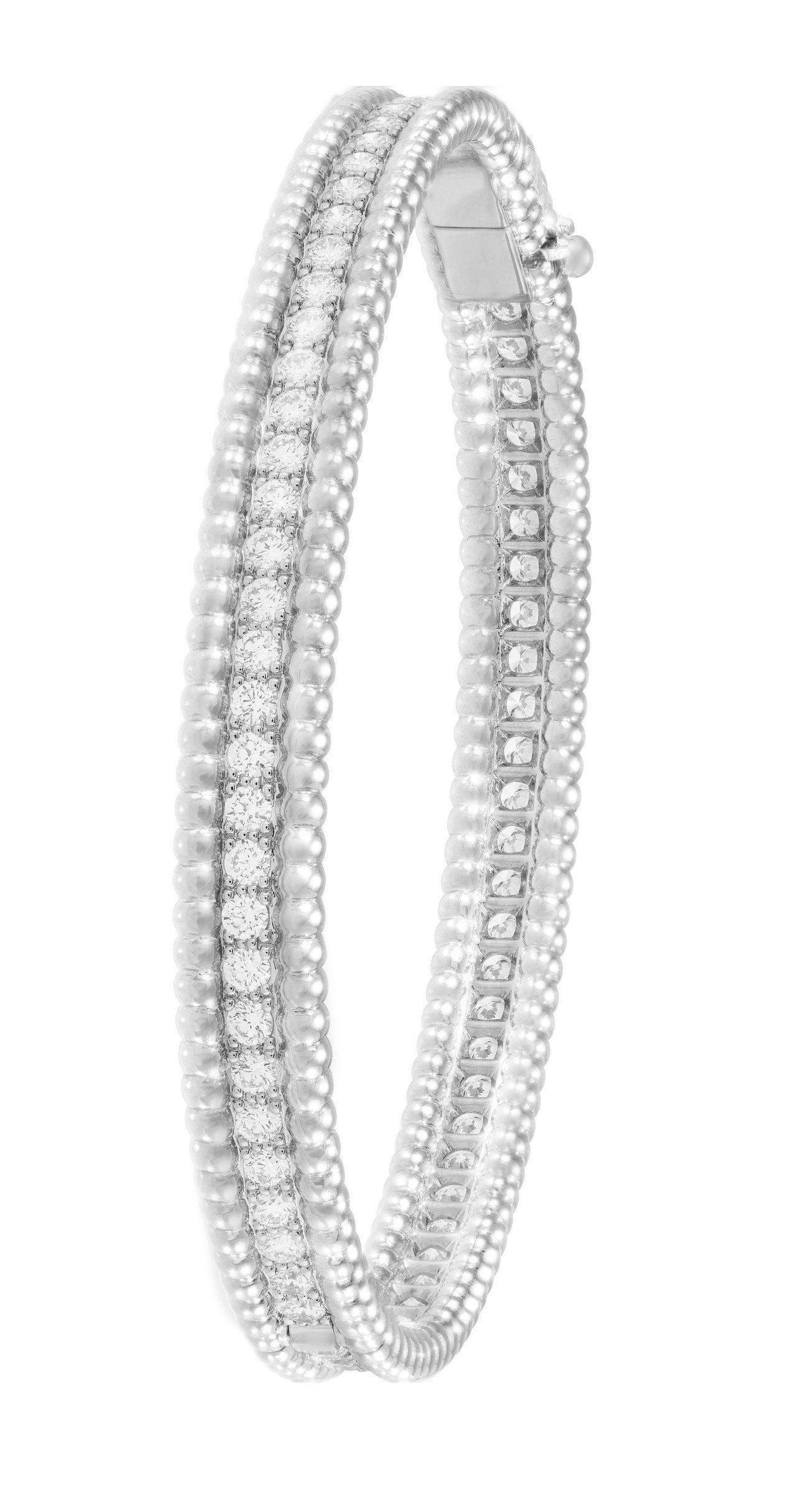 Perlée Diamonds手鐲,白K金鑲嵌鑽石,71萬9,000元。圖/梵克...