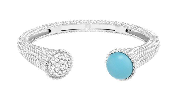 Perlée Couleurs手鐲,白K金鑲嵌綠松石及鑽石,69萬5,000元。...