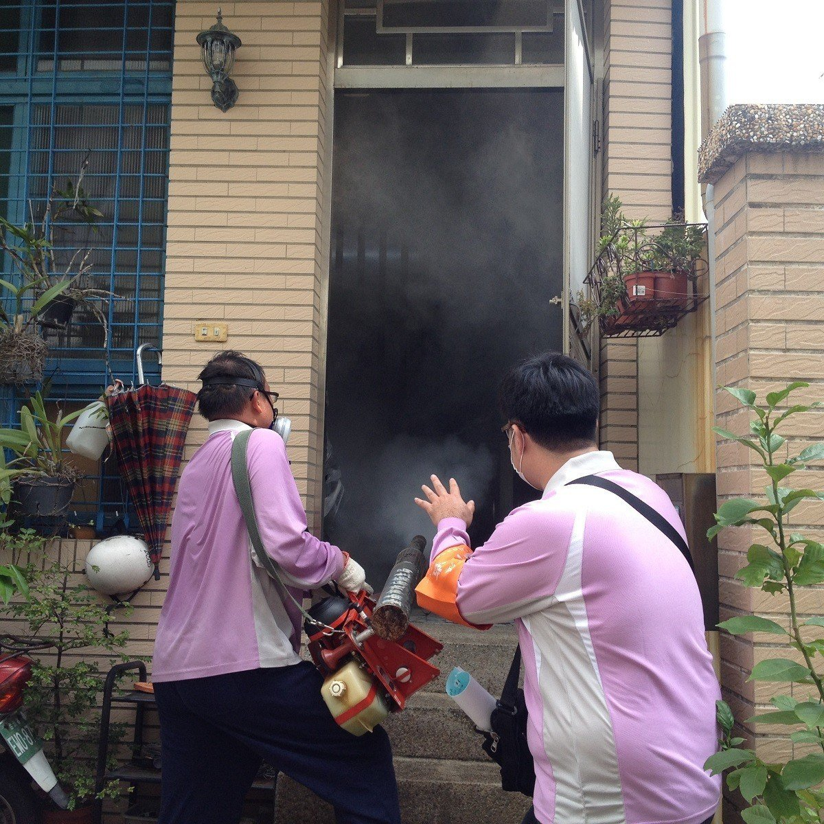 戶內化學防治。圖/台南市衛生局提供
