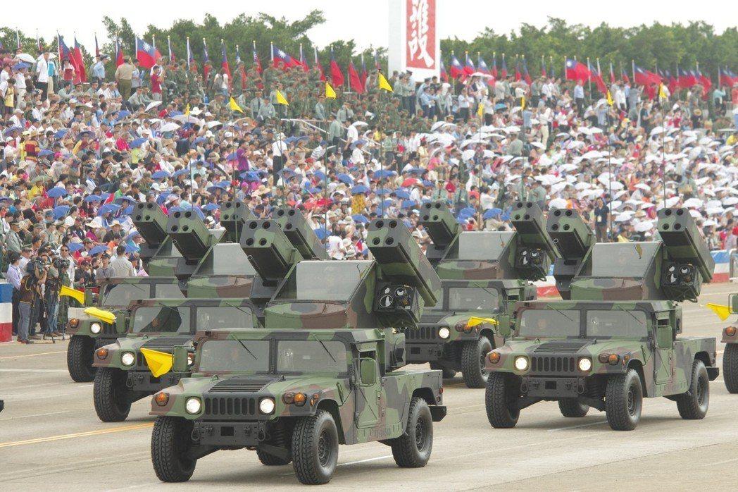 2015年,參加抗戰勝利70周年紀念戰力展示的復仇者飛彈車。記者程嘉文/攝影