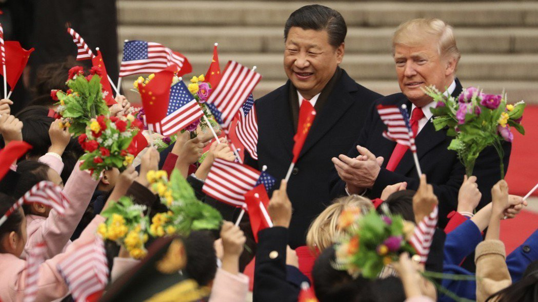 美中貿易戰雲密布,圖左為中國國家主席習近平,圖右為美國總統川普。 美聯社