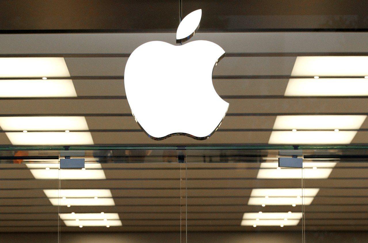 蘋果發布三款新手機OLED版的Xs、Xs Max與LCD版的XR,吸引眾人目光。...