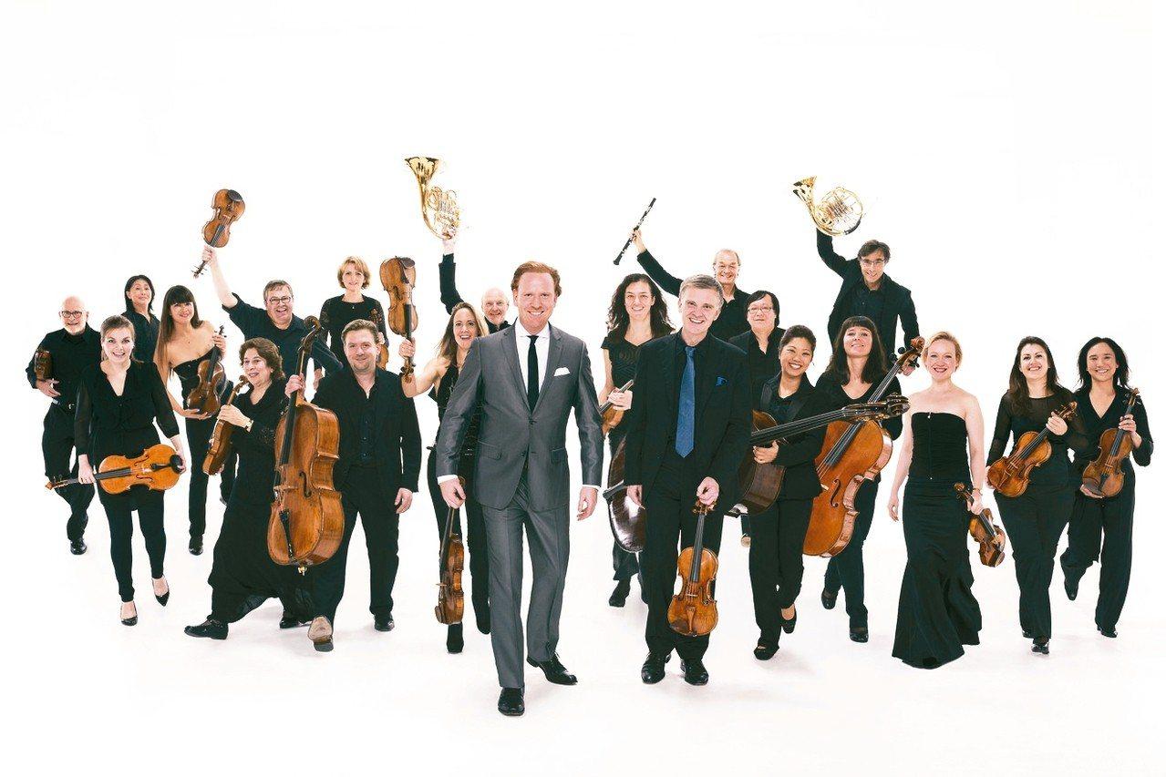 小提琴巨星丹尼爾.霍普領軍蘇黎世室內樂團演出《四季未央》。 中國信託文教基金會/...