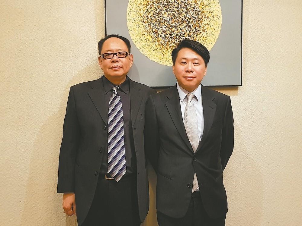 海樂董事總經理吳智弘(左)與兒子吳浩佑攜手打拚,要坐穩台灣最具規模電影代理商。 ...