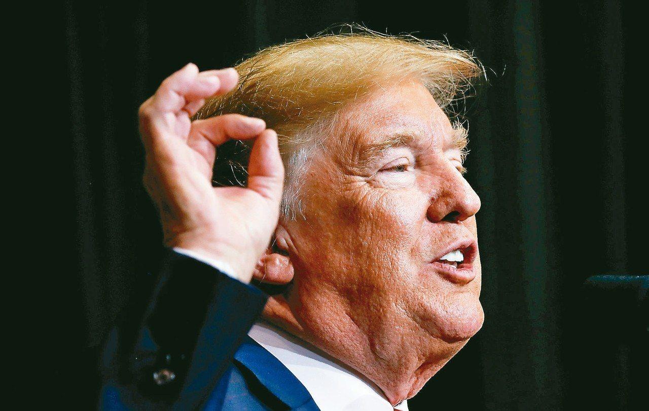 美國總統川普8日推文呼籲蘋果公司把生產線移回美國,認為這可以解決美國向中國大陸進...