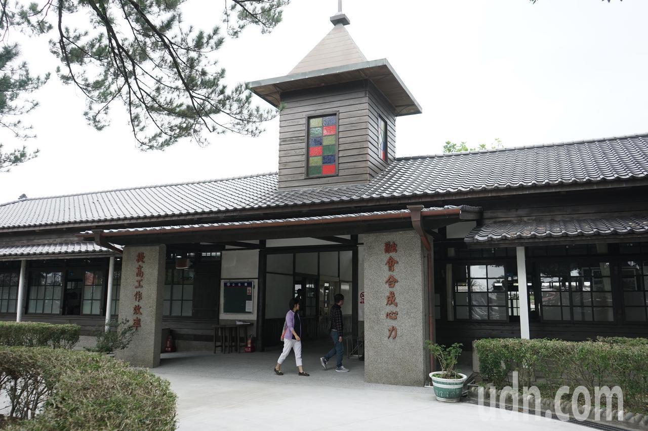 花蓮鐵道文化園區是日據時期的鐵道部花蓮港出張所,文化局委外營運管理。記者王燕華/...