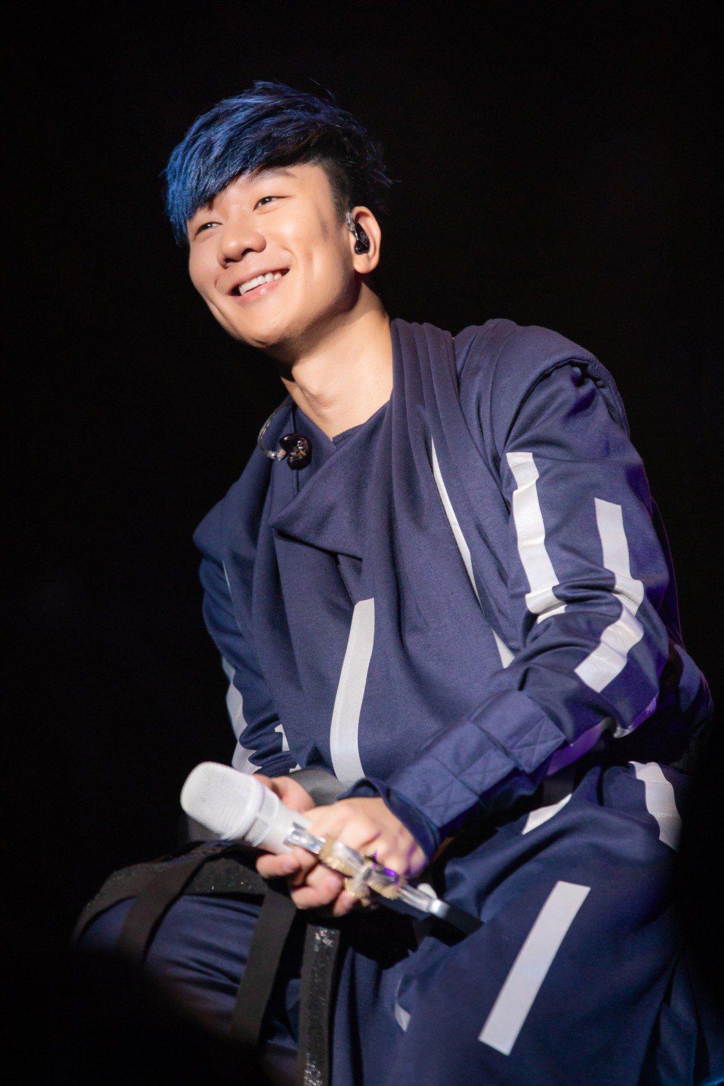 林俊傑8日在大馬演唱會向懷秋深情告白!圖/JFJ Productions提供