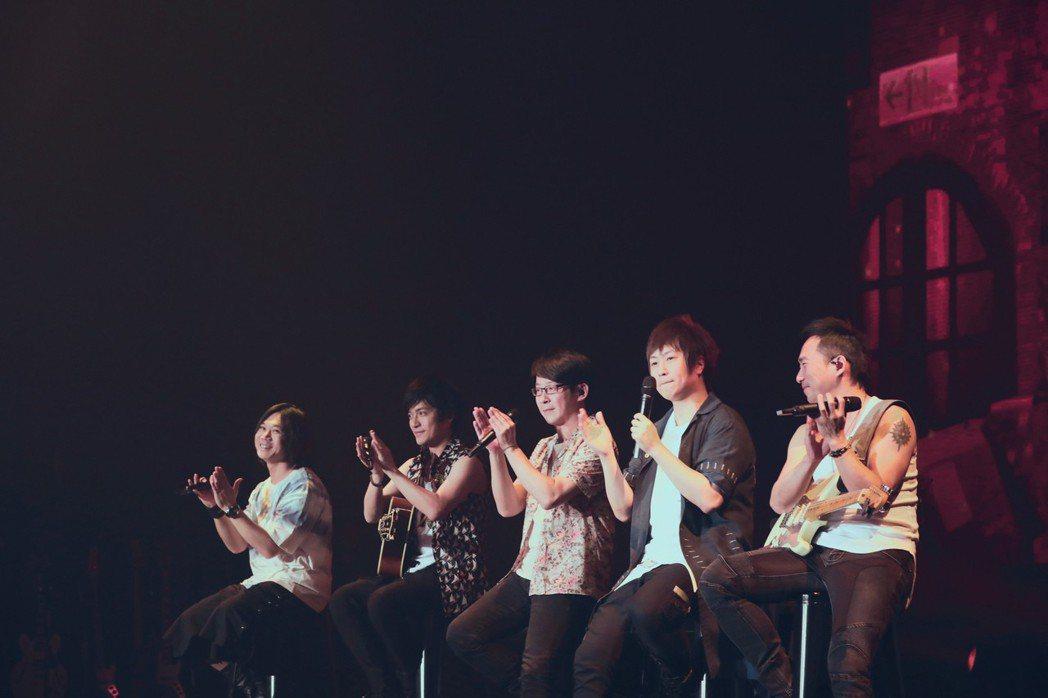 五月天二度前進南韓舉辦演唱會。圖/相信音樂提供