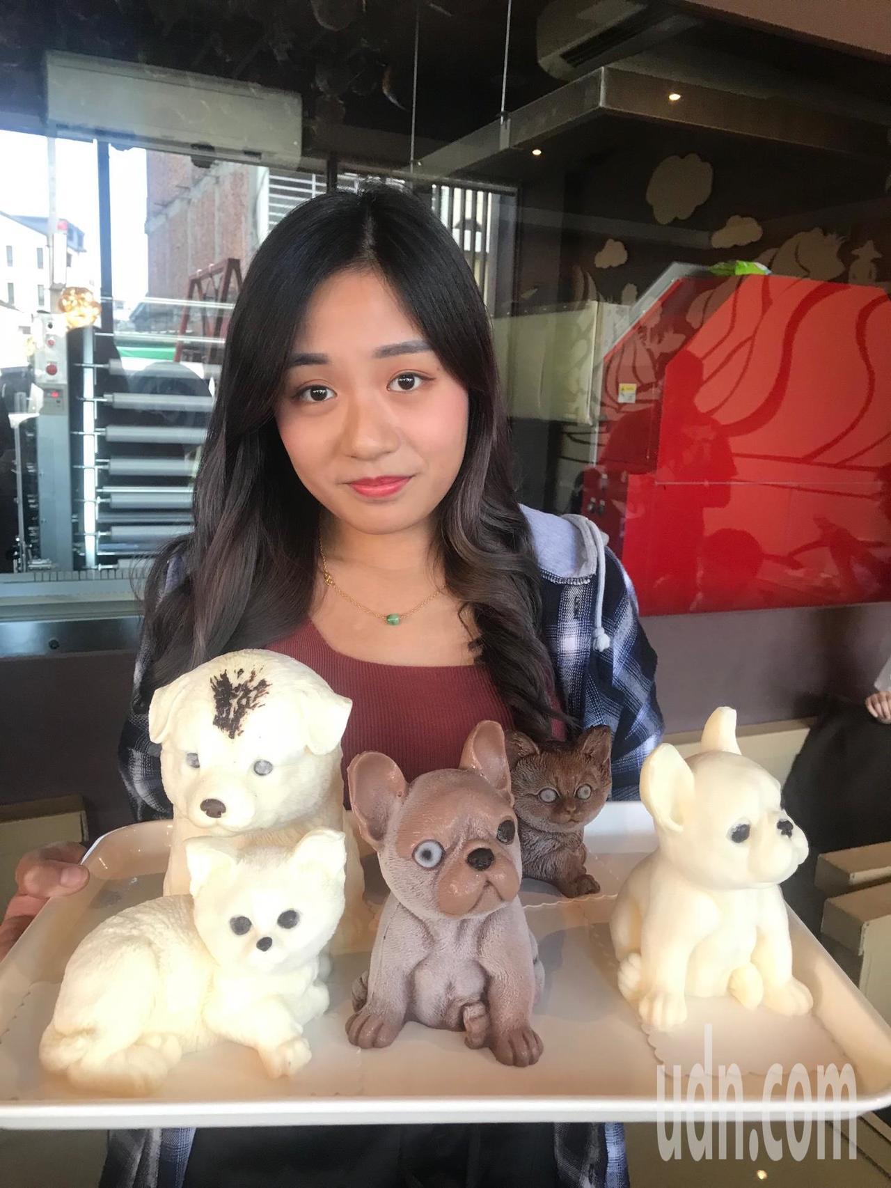 唯妙唯肖的狗狗包括沙皮狗、哈巴狗 貴賓狗,甚至也能做出豬、貓等許多可愛的造型,主...
