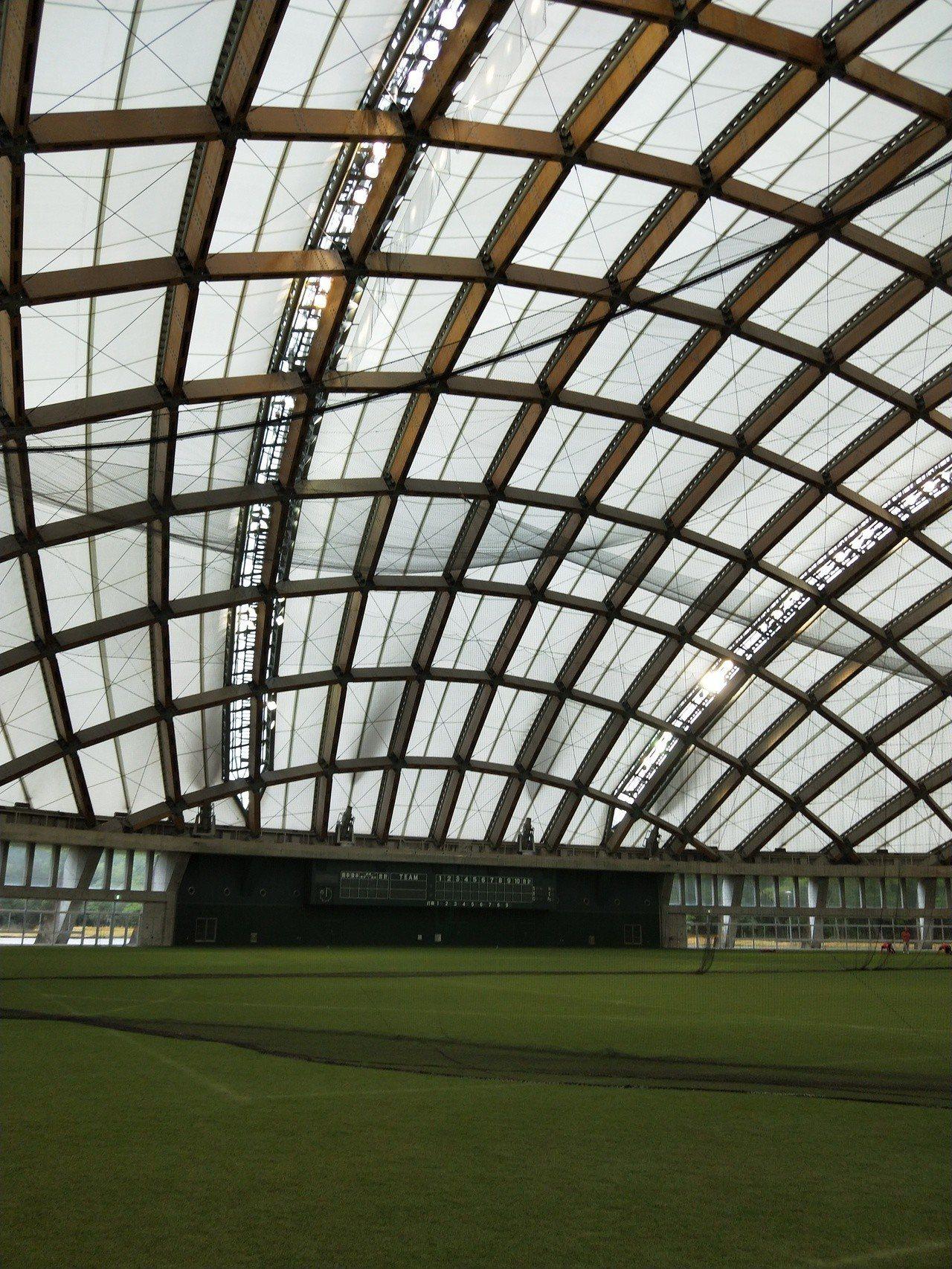 宮崎運動公園園區的小巨蛋練習場。記者婁靖平/攝影