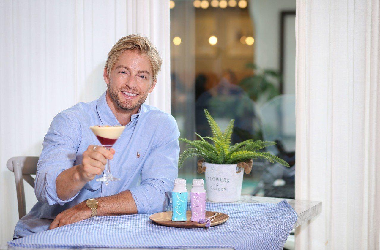 法比歐的yucca café與EROS優酪乳合作,推出期間限定的芒果特調飲。圖/...