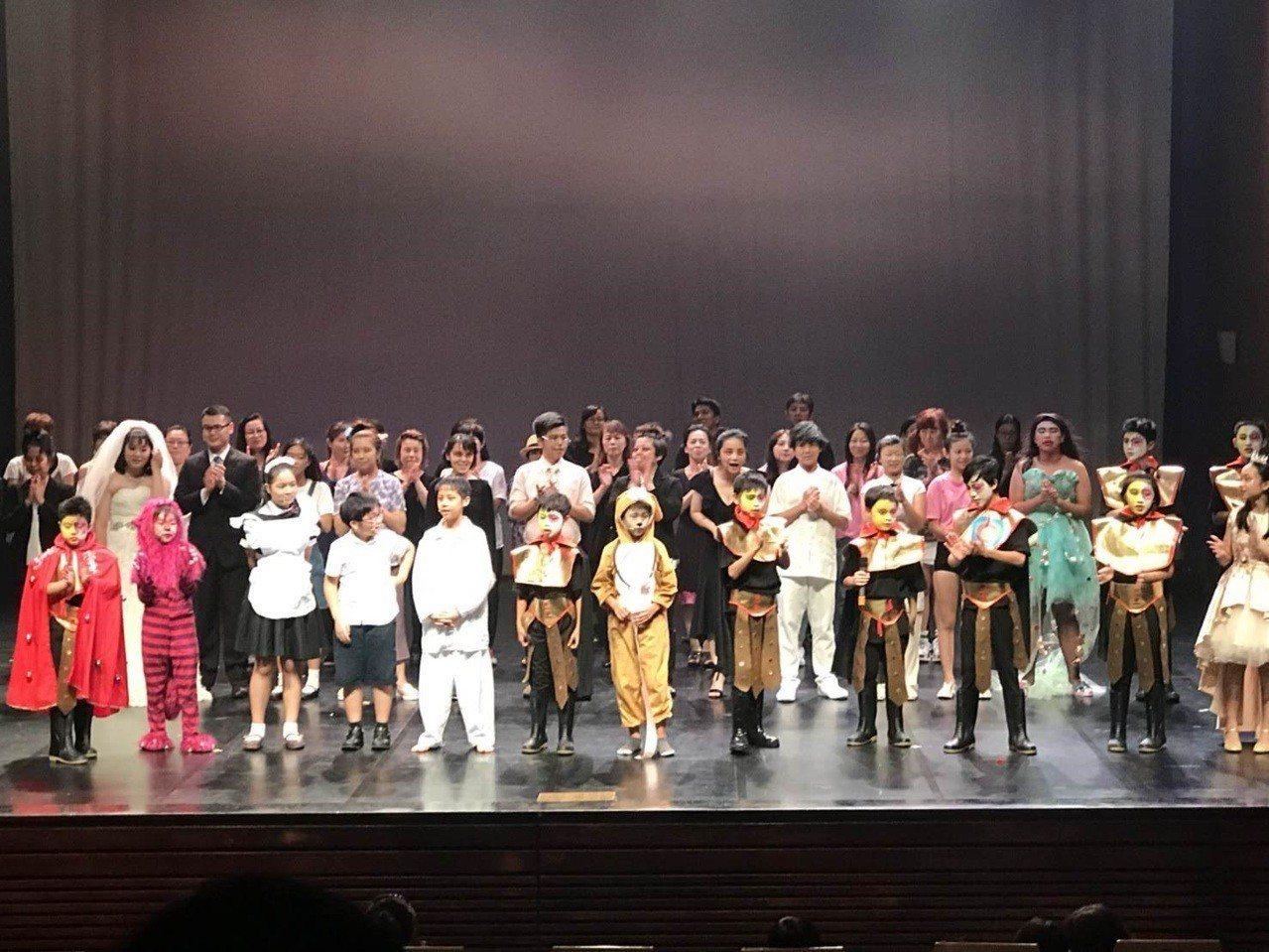 「火星三冠王」是平均年齡14歲的孩子親手打造的音樂劇,具水準也很勵志。圖/朝陽富...
