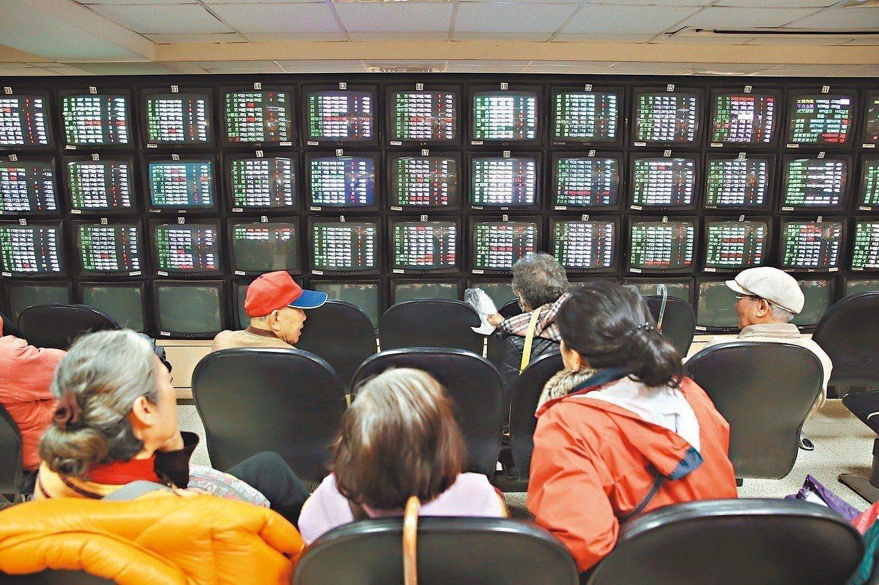 櫃買中心在2014年成立「創櫃板」。根據中華徵信所調查,90多家創櫃公司有超過6...