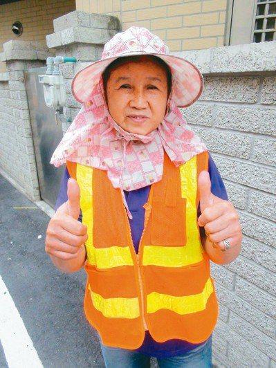 65歲張琇雯是「慈聖義工團」幕後推手。 記者余采瀅/攝影