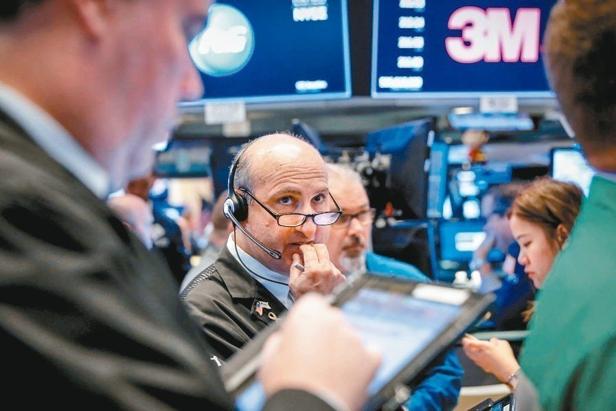 華爾街日報預測新一輪危機五個可能引爆點。 路透