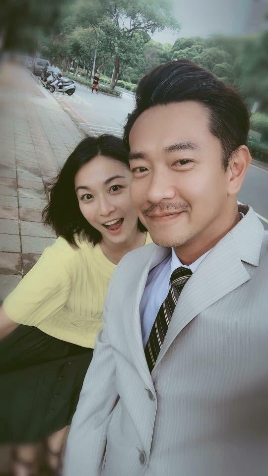 江俊翰(右)在「大時代」中演出。圖/民視提供